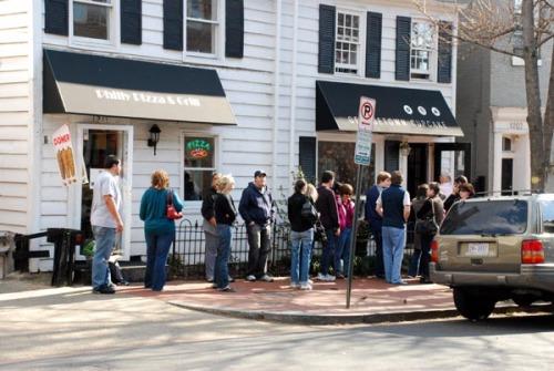 Georgetown Cupcakery's Line